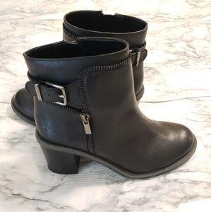 Gianni Bini Black Ankle Boots Size 6